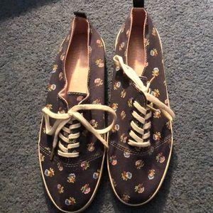 American Eagle Elastic Slip on Canvas Tennis Shoes